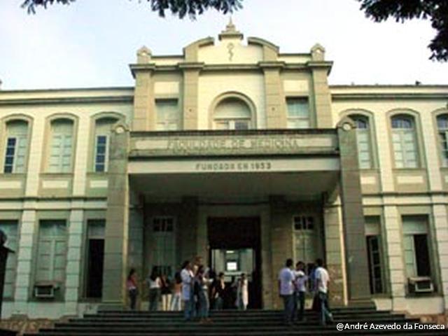 Prédio da Faculdade de Medicina também é tombado pelo município