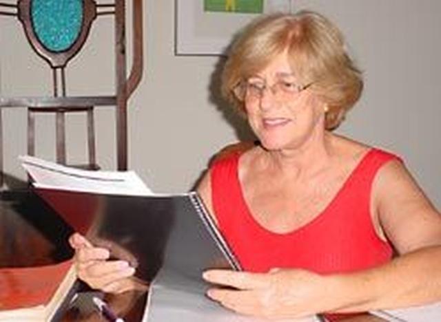 Sonia Fontoura, então assessora do Codemphau, informou ao secretário de obras que a casa não poderia ser demolida porque estava provisoriamente tombada