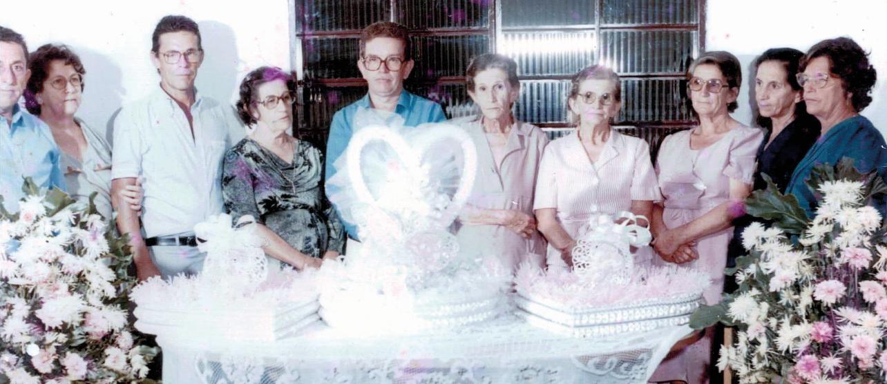 Vicente, Sebastiana, Miguel, Joaquina, Geraldo, Divina, Naninha, Nezica e Maria Luzia